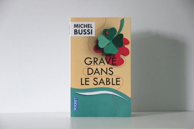 grave_dans_le_sable_michel_bussi